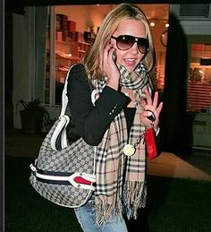 Who made Amanda Bynes' plaid scarf and purse that she wore in Hollywood? Gucci Purses, Gucci Handbags, Cheap Gucci, Burberry Purse, Amanda Bynes, Jennifer Hudson, Gisele Bundchen, Katie Holmes, Shirt Skirt
