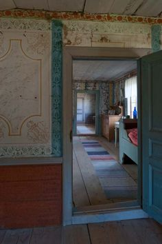 Bommars Scandinavian Furniture, Scandinavian Interior, Scandinavian Design, Swedish Wallpaper, Wall Wallpaper, Interior Architecture, Interior And Exterior, Bedsit, Stair Landing