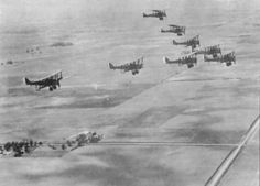 Formation of DH 4s in flight