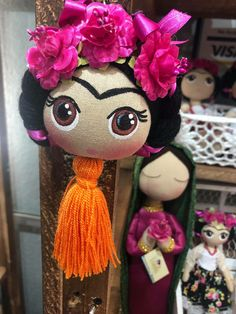Fridas Mexican Crafts, Mexican Art, Felt Crafts, Diy And Crafts, Kids Fashion Blog, Christmas On A Budget, Cute Clay, Clay Projects, Fabric Dolls