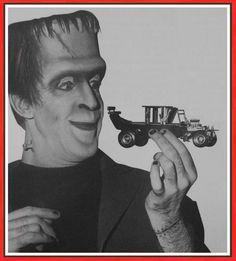 Herman Munster and the Munster Koach Munsters Car, Munsters Tv Show, Vintage Models, Old Models, Plastic Model Kits, Plastic Models, La Familia Munster, Herman Munster, Monogram Models