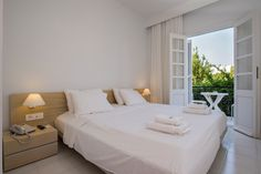 Either with a sea or a garden view, the rooms effectively reflect the authenticity of Patmos.   #silver #silverbeach #patmos #grikos