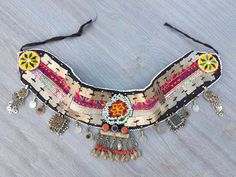 Belly Dance Belt, Tribal Belly Dance, Belly Dancers, Diy Necklace Making, Afghan Clothes, Gypsy Style, Bohemian Style, Tribal Fusion, Hand Embroidery