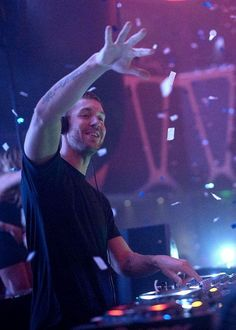 On Saturday, May 4, Calvin Harris, GRAMMY Award-winning artist and resident DJ of #Hakkasan Las Vegas returned to the nightclub to perform to a sold out crowd.