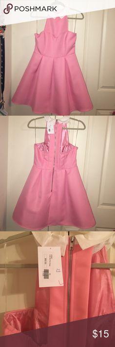 Sleeveless collared dress Super cute and flirty dress. Mustard Seed Dresses Strapless
