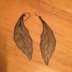 Drop feather shaped earrings urban outfitters Drop feather shaped earrings urban outfitters Urban Outfitters Jewelry Earrings