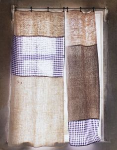 patchwork curtain, three different fabrics to make the curtains - via sweet home. - home Drop Cloth Curtains, Boho Curtains, Velvet Curtains, Hanging Curtains, Burlap Curtains, Floral Curtains, Luxury Curtains, Elegant Curtains, Short Curtains