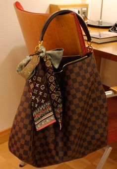 Sac Luis Vuitton, Vuitton Bag, Louis Vuitton Handbags, Purses And Handbags, Louis Vuitton Damier, Luxury Bags, Luxury Handbags, Designer Handbags, Lv Shoes
