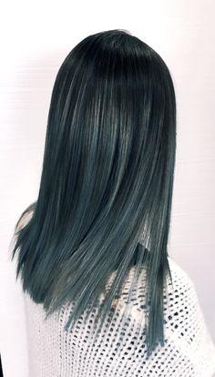 Hair Metallic gray balayage