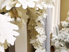 DIY Home Decor. Paper Garland - Happy Happy Nester