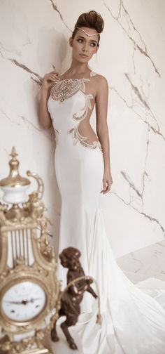 Lior Charchy 2015 – Belle The Magazine – wedding gown Short Wedding Gowns, 2015 Wedding Dresses, Wedding Attire, Bridal Gowns, Wedding Styles, Dresses Elegant, Elegant Wedding Dress, Pretty Dresses, Dinner Gowns