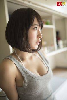 画像☆AKB 高橋朱里ちゃんの最新デカ過ぎおっぱいw谷間エロ過ぎ