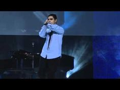 Emmanuel Kelly sings Imagine by John Lennon at MGM Grand - I said this on the  other video - he is AMAZING!!!!!!