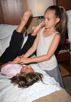 dance moms mackenzie and maddie
