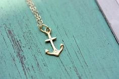 Anchor necklace. Love it!