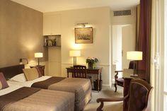 Charming hotel - Saint Germain des Prés Paris - Hotel des Saints Pères - Esprit de France - #espritdefrance Paris Hotels, Welcome Decor, Smoking Room, 4 Star Hotels, Front Desk, Saints, Places Ive Been, Relax