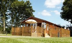 Lodge at Woodlands Park, East Sussex Pet Friendly Holidays, Holidays In England, Woodland Park, Pet Friendly Hotels, East Sussex, Staycation, Holiday Destinations, Campsite, Bed And Breakfast