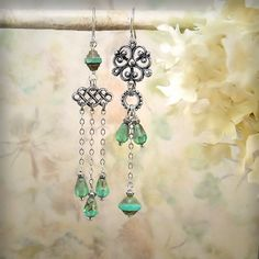 Aqua Opal Chandelier Earrings Blue Green Silver di MiaMontgomery
