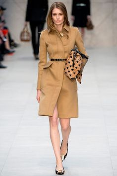 Burberry Prorsum 2014 :)  see more ..http://www.hawanim.com/?p=8624 #fashion #style #outfit