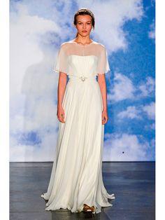 ≪ジェニー・パッカム≫Jenny Packham シンプルななかに凛とした美しさが漂うシフォン素材のドレスは、ウエストに集中させたタッキングが鍵。