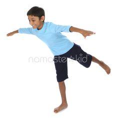 Yoga poses for children - classroom brain break Toddler Exercise, Exercise For Kids, Toddler Fun, Kids Yoga Poses, Yoga For Kids, Preschool Age, Preschool Crafts, Namaste Yoga, Learning Through Play