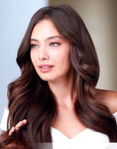 #neslihan Turkish Fashion, Turkish Beauty, Beautiful Eyes, Gorgeous Women, Prettiest Actresses, Cute Girl Photo, Turkish Actors, Brunette Hair, Pretty Face