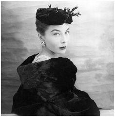 bettina-Graziani-foto-Henry-Clarke-1953