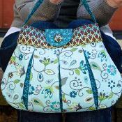Caitlyn Handbag - via @Craftsy