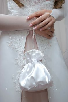 A bag is one of important parts of bridal accessories to carry a bride in her wedding day. A wedding handbag should match harmoniously with the wedding shoes and wedding dresses. Wedding Purse, Wedding Shoes, Dream Wedding, Bridal Dresses, Flower Girl Dresses, Bridal Handbags, Handbags Online, Replica Handbags, Boyfriends