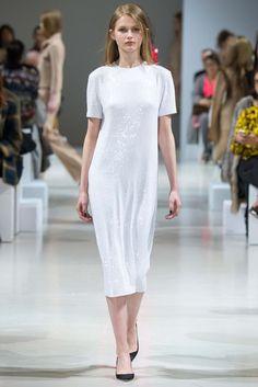 Nina Ricci Fall 2015 Ready-to-Wear Fashion Show - Aneta Pajak