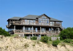 Twiddy Outer Banks Vacation Home - Blue Moon - 4x4 - Semi-Oceanfront - 6 Bedrooms
