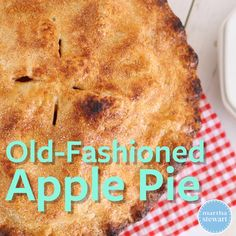 Classic Old-Fashioned Apple Pie - - Looking for a scrumptious recipe that will help you use up your overstock of deliciously crisp apples? Watch Sarah Carey make this classic apple pie that's perfectly ripe for cool weather days. Easy Pie Recipes, Apple Pie Recipes, Tart Recipes, Baking Recipes, Dessert Recipes, Keto Recipes, Summer Recipes, Best Apple Pie, Apple Pie Bars