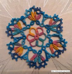 Tatting pattern designed by  Elisadusud / variation by  Mimi Dillman, tatted by SunBee Lee http://blog.naver.com/2sunb/