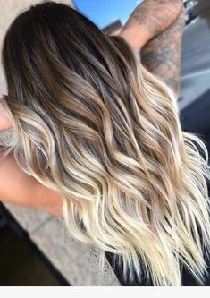 Hairstyles hair ideas Balayage and ombre hair Hair Color Ideas & Trends for 2018 Stylish and attractive - Ombre Hair Dark Blonde Ombre Hair, Hair Color Balayage, Hair Highlights, Long Ombre Hair, Blonde Balayage Highlights On Dark Hair, Light Brown Ombre Hair, Short Balayage, Ombre Dark, Brown Hair With Blonde Tips