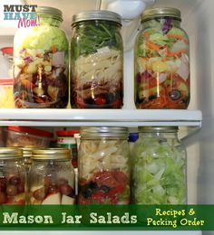 Mason Jar Salads With Recipes & Packing Order- great idea for healthy make-ahead lunches
