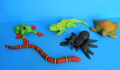 Reptile and Spider Cake Toppers