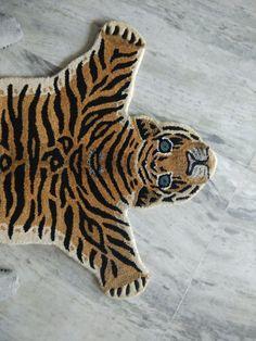 Animal Rug, Animal Print Rug, Tiger Rug, Luis Xvi, Quirky Kitchen, Tiger Skin, Fiesta Theme Party, Tiger Design, British Colonial