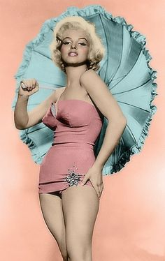 Jan 2018 - This board is dedicated to the colorization's I have done of my girl, Marilyn Monroe. See more ideas about Marilyn monroe, Norma jean and Marilyn monroe photos. Marilyn Monroe, Divas, Pin Up, Hollywood Glamour, Old Hollywood, Retro Mode, Celebrity Gallery, Norma Jeane, Brigitte Bardot