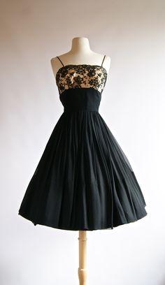 Vintage dress ~ 1950s Dress ~ 50s Party Dress at Xtabay.