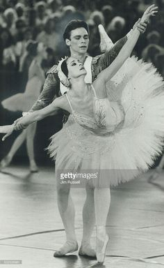 Nadia Potts & Raymond Smith, Swan Lake, National Ballet of Canada, 1981
