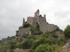 Alcassaba del Castell de Miravet Castle Ruins, Monument Valley, Nature, Travel, Castles, Cities, Naturaleza, Viajes, Destinations