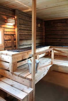 Joupin Vanha Tupa Seinäjoella - Kotini on helmeni Sauna House, Sauna Room, Summer House Interiors, Portable Sauna, Sauna Design, Outdoor Sauna, Finnish Sauna, Spa Rooms, Saunas