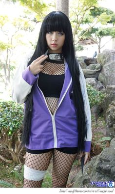 Hinata cosplay: you're doing it right!