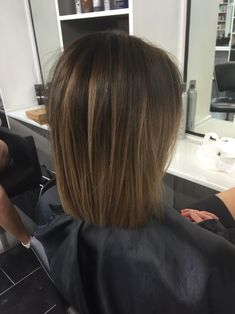 Brunette Balayage & Hair Highlights Picture Description in love with this colour - Balayage Hair Blonde, Brown Blonde Hair, Brunette Hair, Ombre Hair, Blonde Honey, Brunette Ombre, Brown Balayage, Honey Hair, Medium Hair Styles