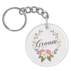 #Simple & Elegant Groom Floral Wreath | Keychain - #bride gifts #bridal ideas unique personalize