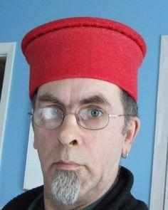 """Making an Italian """"ducal mortier"""" hat"""