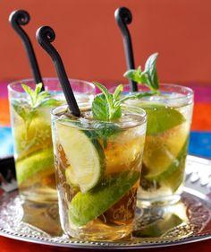 Drinks/Juomat: Ice tea drink/Jääteebooli