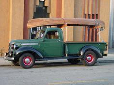 1938 Chevy Pickup - I like the truck and the canoe! Vintage Pickup Trucks, Antique Trucks, Classic Chevy Trucks, Antique Cars, Classic Cars, Vintage Cars, Farm Trucks, New Trucks, Cool Trucks