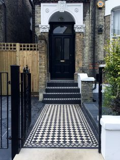 Victorian mosaic tile path and steps with Yorkstone Brixton London Front Garden Entrance, Front Garden Ideas Driveway, Front Path, Front Door Steps, Driveway Design, Victorian Patio Ideas, Victorian Front Garden, Victorian Terrace, Edwardian House