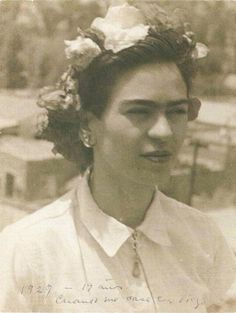 Young Frida Kahlo   Rare And Beautiful Portraits Of Young Frida Kahlo Taken By Her Father